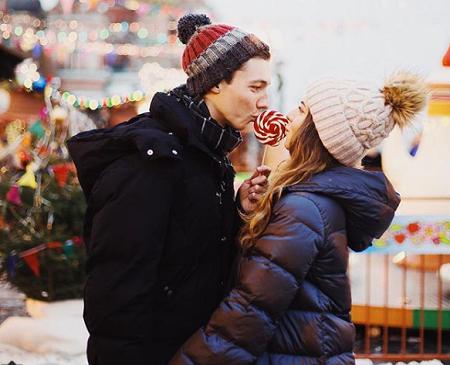 Андрей Глазунов фото с девушкой