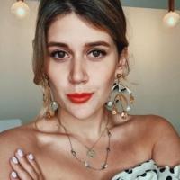 Ксения Дукалис фото селфи