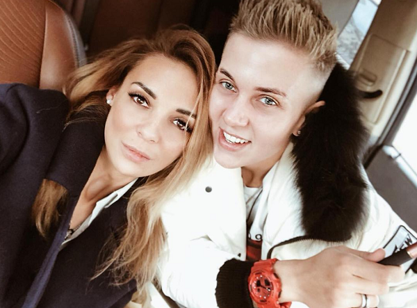 Ксения Милас и Яна фото