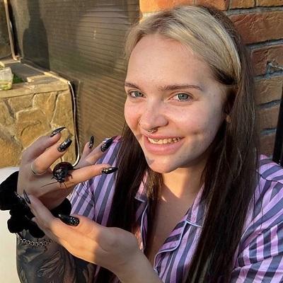 Веб кам девушка модель из пацанок 5 сезон девушка модель спрос предложение курсовая работа